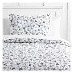PB Teen Vintage Floral Matelasse Duvet Cover, Twin, Blue ($99) ❤ liked on Polyvore featuring home, bed & bath, bedding, floral pillow shams, floral shams, floral bedding and flowered bedding