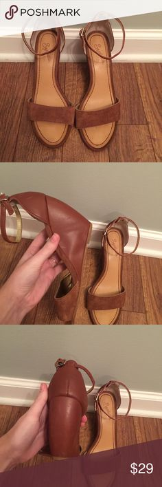"""Seychelles leather wedges Good used condition. There's a """"bubble"""" pictured on the side that I do not think is supposed to be there, but overall they're still in good condition! Leather upper. Very cute ankle strap Seychelles Shoes Wedges"""