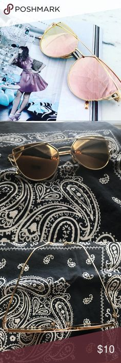 Chic Rose Gold Cat Eye Mirror Sunnies NWOT! Adds a chic touch to any outfit! Never worn so in perfect condition! Does not come with a case but will be shipped very carefully! Cover image is from Pinterest, but the last two are mine :) Accessories Sunglasses