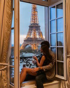 Paris Classy Couple, Couple Chic, Rich Couple, Couple Style, Couple Art, Couple Quotes, New Travel, Travel Goals, Travel Europe