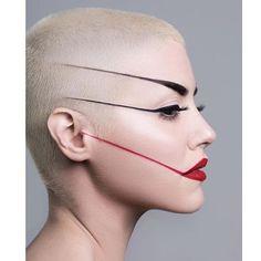 Dragged make up art