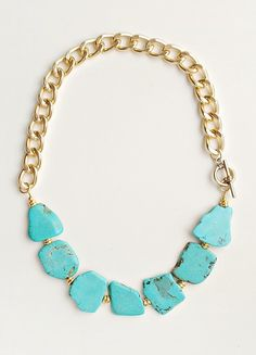 Necklaces Diy Turquoise and Gold Statement Necklace - Turquoise Statement Necklace / BoutiqueMinimaliste Colar Fashion, Fashion Necklace, Fashion Jewelry, Fashion Shoes, Girl Fashion, Beaded Jewelry, Handmade Jewelry, Jewelry Necklaces, Bracelets