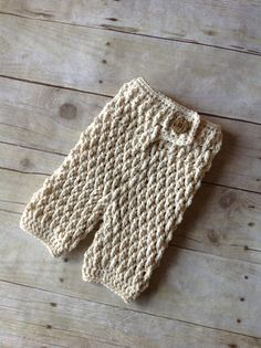 Crochet Pattern for Ripple Baby Pants - Newborn size only - Welcome to sell finished items