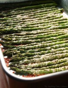 In just a few easy steps the asparagus is ready! Perfect every time, you'll love this tender easy oven roasted parmesan asparagus. Oven Roasted Asparagus, How To Cook Asparagus, Roasted Vegetables, Fruits And Veggies, Asparagus Recipes Oven, Cooking Asparagus In Oven, Best Asparagus Recipe, Asparagus Dishes, Side Dishes