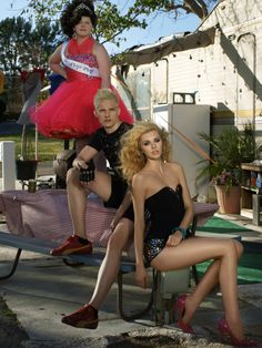 Chris Hernández and Jourdan Miller . America's Next Top Model, Cycle 20: Guys & Girls > Photoshoot 3: Trailer Park Chic with Sugar Pop Pop