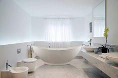 Aquatica PureScape 621M Freestanding Solid Stone Surface Bathtub - Fin – Gorgeous Tub