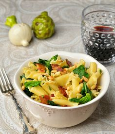 Easy Campanelle with Greens and Pancetta Looking for a quick lunch or dinner recipe? ThisEasy Campanelle with Greens and Pancetta is one of our 20 Minute Meals that your family will love. And what's not to love about it? Pasta, pine nuts, pancette…oh my! This meal can be on the table in less than 20 [...]