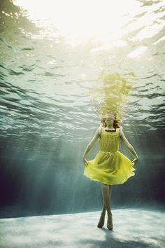 Whimsical Photos Of Kids Underwater Capture The True Wonder Of Childhood | Alix Martinez
