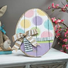 Add colorful Spring charm to your Easter collection with our Pastel Polka Dot Easter Egg Easel. Bright pops of color make this a lovely Easter addition. Hoppy Easter, Easter Bunny, Easter Eggs, Painted Eggs Easter, Easter Projects, Easter Crafts, Easter Decor, Easter Ideas, Wooden Crafts