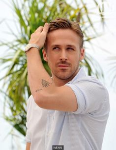 ¿Por qué Ryan Gosling no es el más sexy? Ryan Gosling, Beautiful Men, Sexy, Guys, Board, Pretty Men, Cute Boys, Cute Guys, Boyfriends