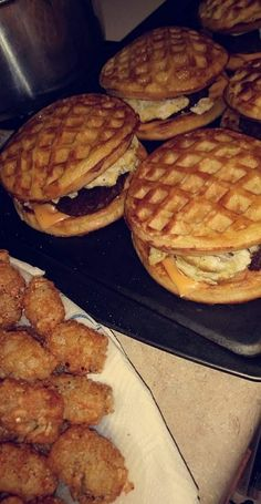 this would be great with sausage or bacon - New Ideas waffle breakfast burger. this would be great with sausage or bacon waffle breakfast burger. this would be great with sausage or bacon I Love Food, Good Food, Yummy Food, Breakfast Burger, Bacon Breakfast, Breakfast Sandwiches, Snack Recipes, Cooking Recipes, Dinner Recipes
