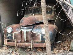 Abandoned Cars, Barn Finds, Rollers, Trucks, Vintage, Autos, Truck, Vintage Comics