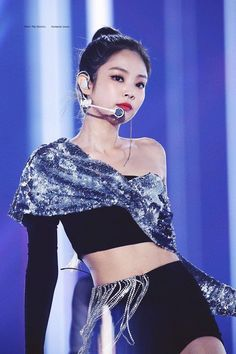 Your source of news on YG's current biggest girl group, BLACKPINK! Please do not edit or remove the logo of any fantakens posted here. Kim Jennie, Stage Outfits, Kpop Outfits, Yg Entertainment, South Korean Girls, Korean Girl Groups, Rapper, Little Bit, Kim Jisoo