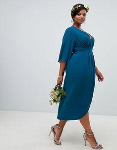 191ffec5f1 Vestido midi cruzado de dama de honor con manga estilo kimono en azul  petróleo de TFNC Plus
