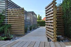 Gardening Tips Spring Outdoor Spa, Outdoor Retreat, Outdoor Rooms, Outdoor Gardens, Outdoor Living, Small Backyard Landscaping, Backyard Fences, Small Summer House, Modern Fence Design