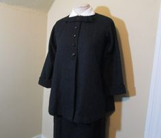 Vintage Maternity Suit 50s vintage Black Wool by funkomavintage