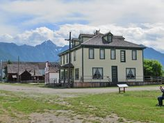 Windsor Hotel, Canadian Pacific Railway, British Columbia, Oregon, Brain, Buildings, Road Trip, Mansions, House Styles
