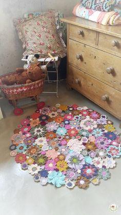 Crochet Flower Patterns, Crochet Blanket Patterns, Crochet Designs, Crochet Flowers, Knitting Patterns, Freeform Crochet, Crochet Motif, Crochet Stitches, Knit Crochet