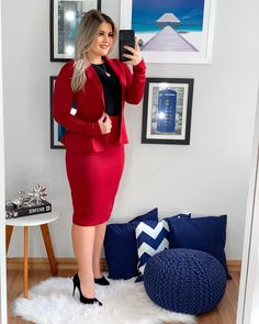 Classy Work Outfits, Classic Outfits, Classy Dress, Curvy Women Fashion, Work Fashion, Business Dresses, Mode Hijab, Professional Outfits, Work Attire
