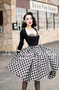Rockabilly Girls and Vintage Style Pin,Ups