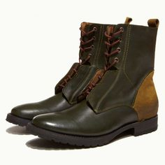 J.D.FISK - You'll be in the upper ranks of style in the paratrooper inspired boots. Everyone will stand to attention with your militant style. Goodyear welted leather sole with rubber lug tread. Leather and upper and lining.