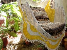 ¥5,926 Beige and yellow Sitting Hammock with Fringe, Hanging Chair Natural Cotton and Wood