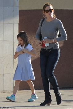 Hanging out: Jennifer Garner and daughter Seraphina, six, ran errands together in the Bren...