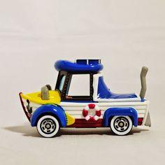 TAKARA TOMY TOMICA Disney Vehicle Collection Tokyo Disney Resort Diecast Car Figure 2015 Special Edition Amphibious ATV all-terrain vehicles Donald Duck Die-cast Figure White & Blue