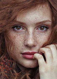 hairstylesbeauty:  14 Stunning Redhead Portraits By Maja Topcagic