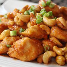 Crock pot cashew chicken - healthy to fit recipes кулинария, еда и напитки, Slow Cooker Recipes, Crockpot Recipes, Chicken Recipes, Cooking Recipes, Slow Cooking, Cooking Ideas, Dinner Recipes For Kids, Healthy Dinner Recipes, Dinner Ideas