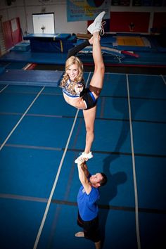 #Cheer, cheerleader doing scorpion, stunt, extension level, cool photography, cheerleading from Kythoni's Cheerleading: Stunts board http://pinterest.com/kythoni/cheerleading-stunts-bow-arrow-heel-stretch-scorpio/
