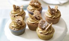The combination of coffee and walnut is always popular. For these small cakes I've used the all-in-one method, which really simplifies cake-making and, I think, makes it much more foolproof. Coffee And Walnut Cupcakes, Cake Recipes, Dessert Recipes, Desserts, Butterfly Cakes, Fairy Cakes, Food Cakes, Baking Cakes, Small Cake