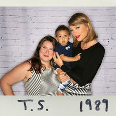 Taylor swift with fans loft 891989 world tour raleigh north taylor swift with fans 1989 world tour meet greet raleigh north carolina m4hsunfo Choice Image
