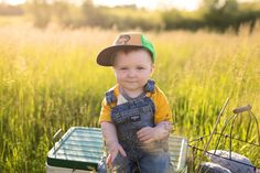 First birthday photo Gone Fishing Birthday Michelle Ma Belle Photography  Ottawa Ontario  Family Lifestyle Portraiture https://www.michellemabellephotography.com/blog/2017/6/12/the-big-one-hank-the-tank-turns-one-michelle-ma-belle-photography