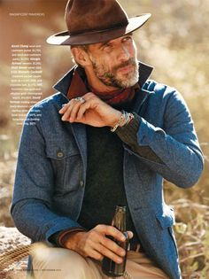 Ben Shaul by David Roemer for Robb Report Rugged Men, Rugged Style, Bald Men With Beards, Bohemian Style Men, Mens Hairstyles With Beard, Hipster Looks, Masculine Style, Beard Styles For Men, Outfits With Hats