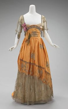 Edwardian Dress, Evening House of Worth (French, Designer: Attributed to Jean-Philippe Worth (French, Designer: Attributed to Jean-Charles Worth (French, Date: 1900s Fashion, Edwardian Fashion, Vintage Fashion, Vintage Beauty, Style Édouardien, Looks Style, 1920s Style, Antique Clothing, Historical Clothing