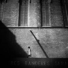 El Fossar de les Moreres i Santa Maria del Mar, joia del gòtic català. Barcelona és arquitectura.