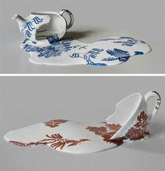 Melting tea cup and tea pot! Really beautiful :)