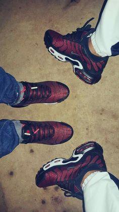 Nike in twos Cute Sneakers, Shoes Sneakers, Shoes Heels, Heeled Boots, Shoe Boots, Tn Nike, Basket Nike Air, Sneaker Heels, Custom Shoes