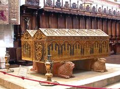 tombs of Queen Leonora (Eleanor Plantagenet - daughter of Eleanor of Aquitaine) 1160-1214 and King Alfonso VIII 1156-1214. at Santa Marai de Las Helgas, Burgos