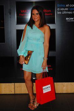 Laura Herder de Lauralicious luce espectacular en el  lanzamiento Vaio Red Edition de Sony, lleva un vestido chulísimo acompañado de nuestras pulseras swarovski de MAR BCN, nos encanta!!! Consíguelas en: http://www.marbcnshop.com/es/pulseras/69-pulsera-mar-nacar.html