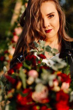 Wedding hair and makeup ideas. Tipi Wedding, Wedding Flowers, Boho Inspiration, Wedding Inspiration, Wedding Hair And Makeup, Hair Makeup, Diy Tipi, Bride Portrait, Boho Bride