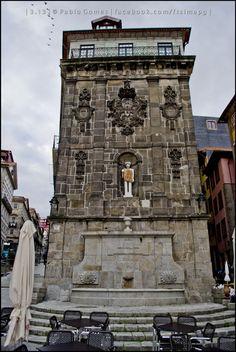 """Praça da Ribeira / Plaza de """"Ribeira"""" / """"Ribeira"""" square [2013 - Porto / Oporto - Portugal] #fotografia #fotografias #photography #foto #fotos #photo #photos #local #locais #locals #cidade #cidades #ciudad #ciudades #city #cities #europa #europe #baixa #baja #downtown @Visit Portugal @ePortugal @WeBook Porto @OPORTO COOL @Oporto Lobers"""