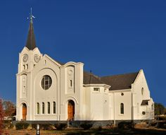 Dutch Reformed church of Jamestown North, Eastern Cape, South Africa. Photo by JdB. Abandoned Churches, Old Churches, Cathedral Church, My Church, Temples, Church Pictures, Religious Architecture, Church Building, Beaches In The World