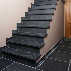 Mit geschmackvollen #Schiefer #Treppen aus unserer Produktion, gestalten Sie Ihr Haus nach Ihren Vorstellungen und persönlichen Wünschen.  http://www.schiefer-deutschland.com/schiefer-treppen-interessante-schiefer-treppen