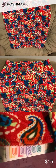 Used Lularoe Cassie small Cute Lularoe Cassie small.  Worn once....nothing wrong with it just trying to clean out my closet.  Would be cute with boots and a jean jacket for fall. LuLaRoe Skirts Pencil