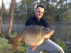 Chris with a 34lbs 8oz mirror carp www.frenchcarpandcats.com