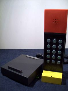 Ettore Sottsass' Telefono Enorme at the New York Moma Museum of Modern Art Collection.  Italian Design, for Brondi.