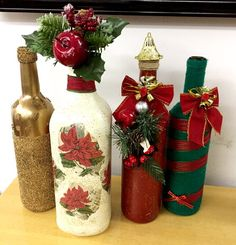 Holiday Red Candlestick Art Design Ideas Diy Craft Table diy arts and crafts table Centerpiece Christmas, Decoration Christmas, Christmas Candles, Decoration Table, Rustic Christmas, Xmas Decorations, Christmas Wreaths, Christmas Ornaments, Diy Christmas
