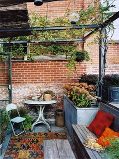 Fill your patio with recycled items to create a relaxing outdoor space. - #DIY #Garden #Ideas